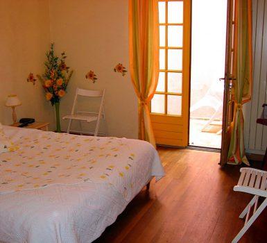 Chambre grande villa Provence