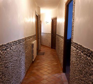 Couloir grande villa provence